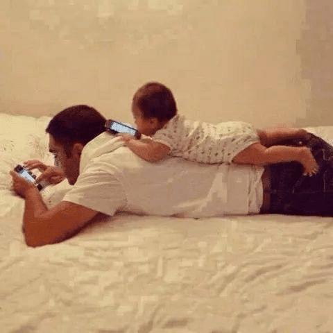 funny images for WhatsApp - Like Father, Like Son